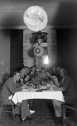 Journalisternas kräftskiva, Strömdalen. Foto sept 1941.