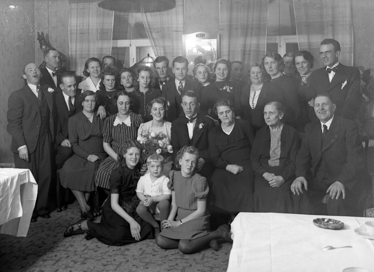 Bröllop, Andersson. Foto mars 1941.