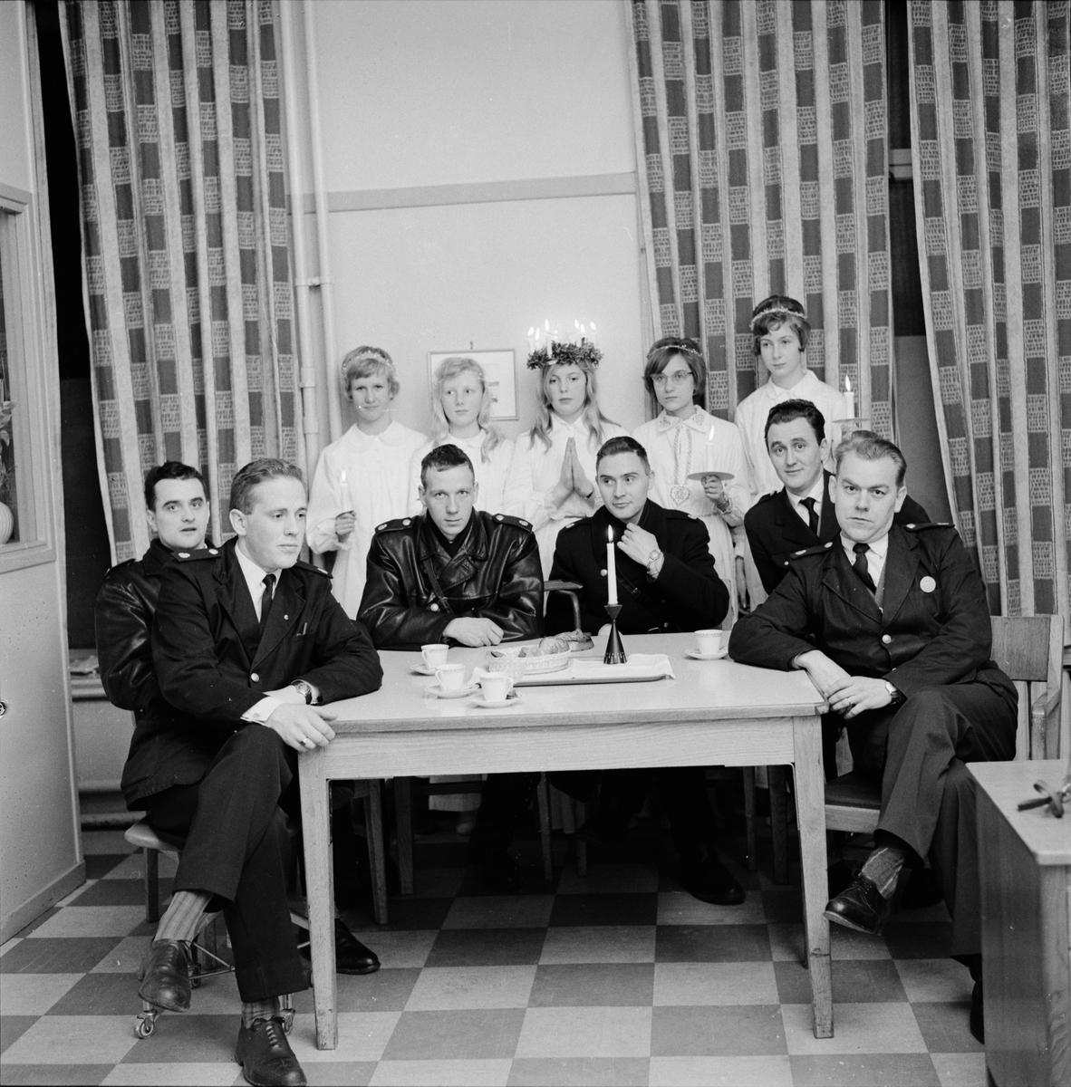 Luciafirande på polisstationen, Uppsala 1960