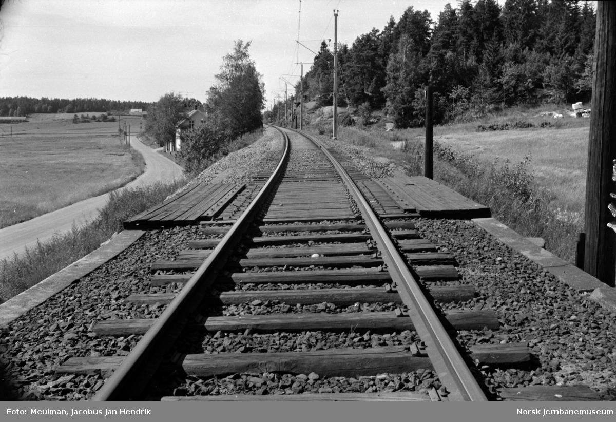 Fra en befaring mellom Rygge og Råde på Østfoldbanen i forbindelse med planlegging av helsveising av sporet. Her bru ved km 76,7.