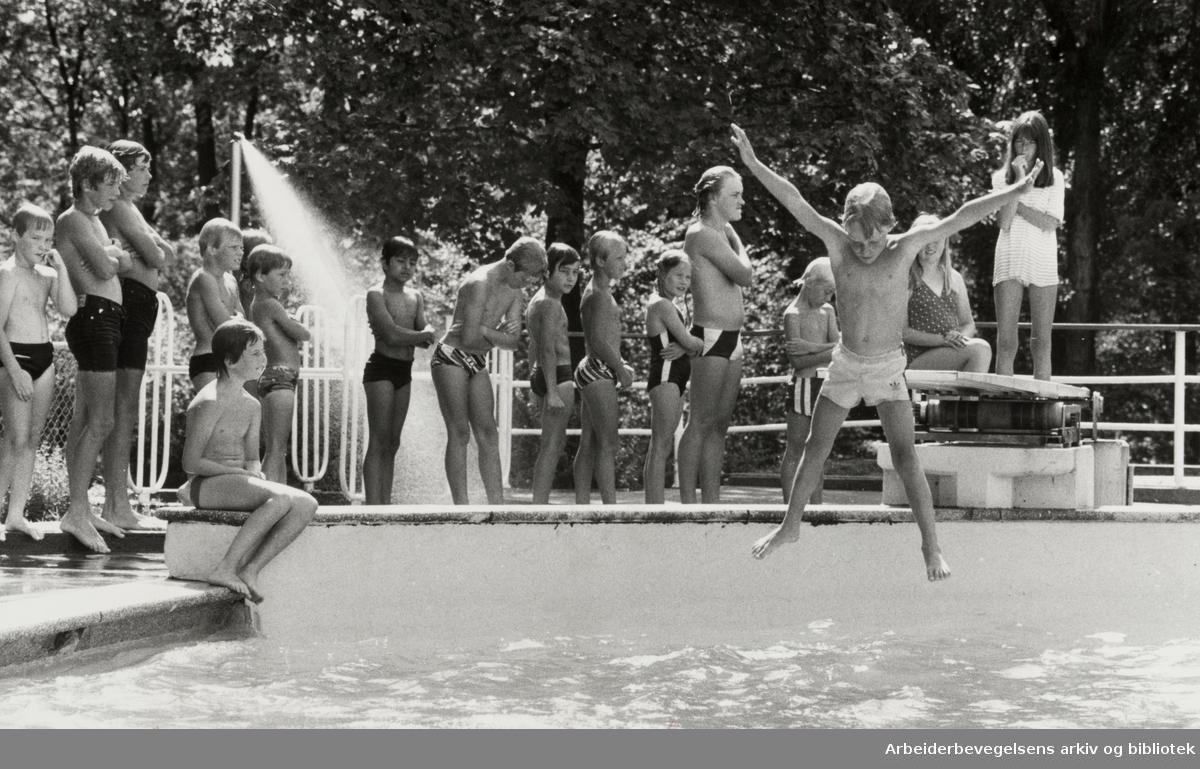 Frognerbadet. Badeliv. Juli 1983