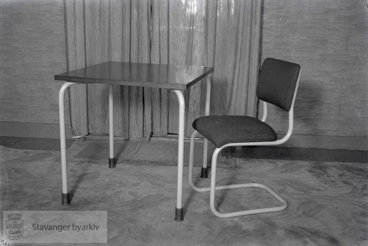 Stålmøbler fra Gundersen & Tårnland