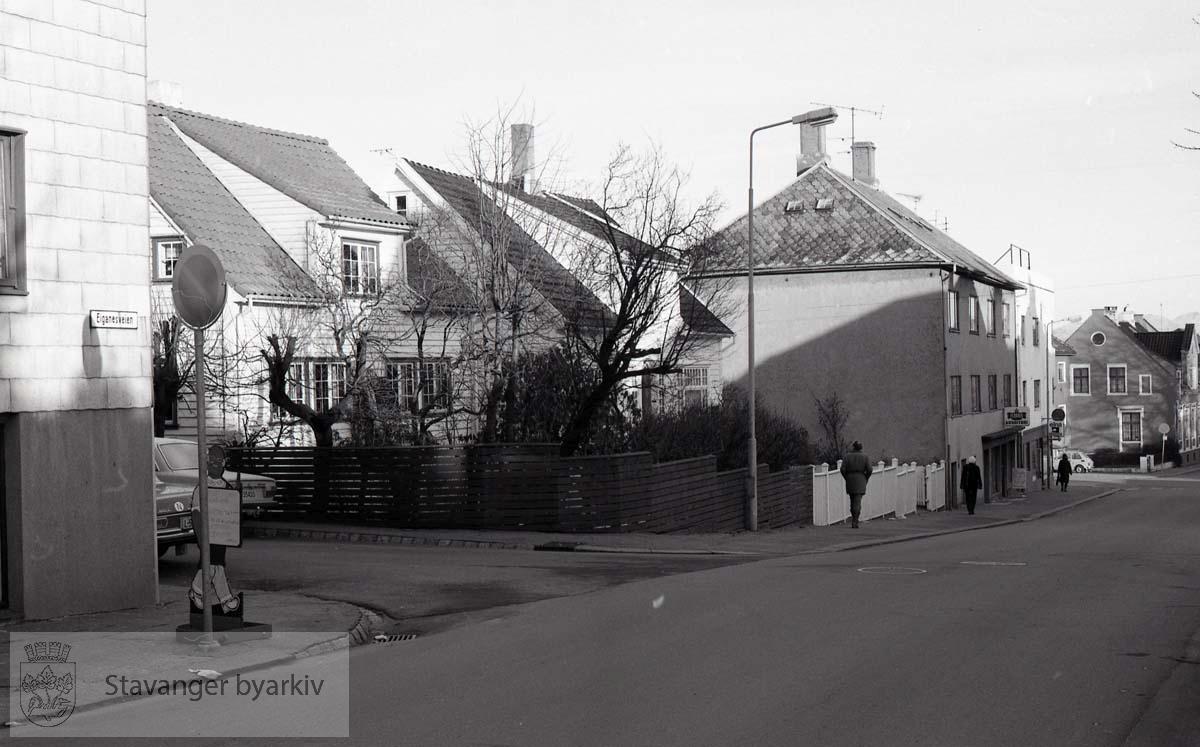Løwolds Gate 1, Eiganesveien 1 og 3