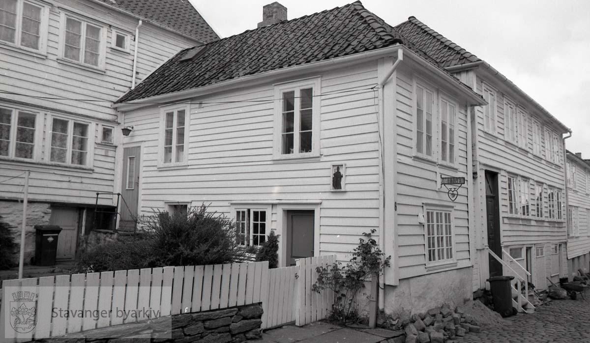 Bakbygning mot Mellomstraen ..Gamle Stavanger
