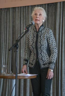 Dagens foredragsholder, Marie Kløvstad Øye, ga oss et levende innblikk i kvinne- og arbeiderbevegelseshistorien i vårt område.