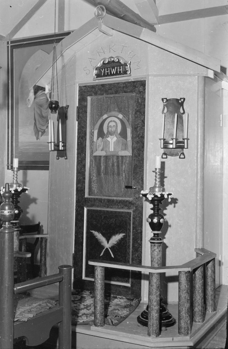 Interiørbilde fra Marcello Haugens kapell på Svarga