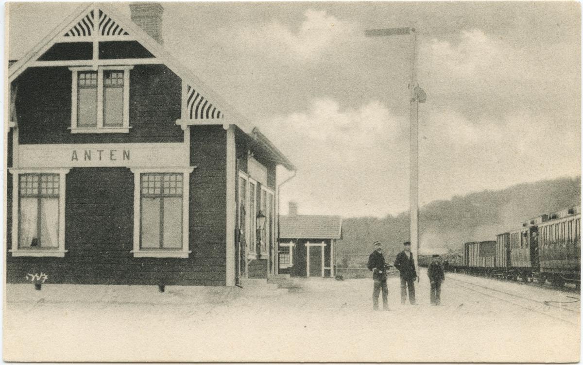Anten järnvägsstation.