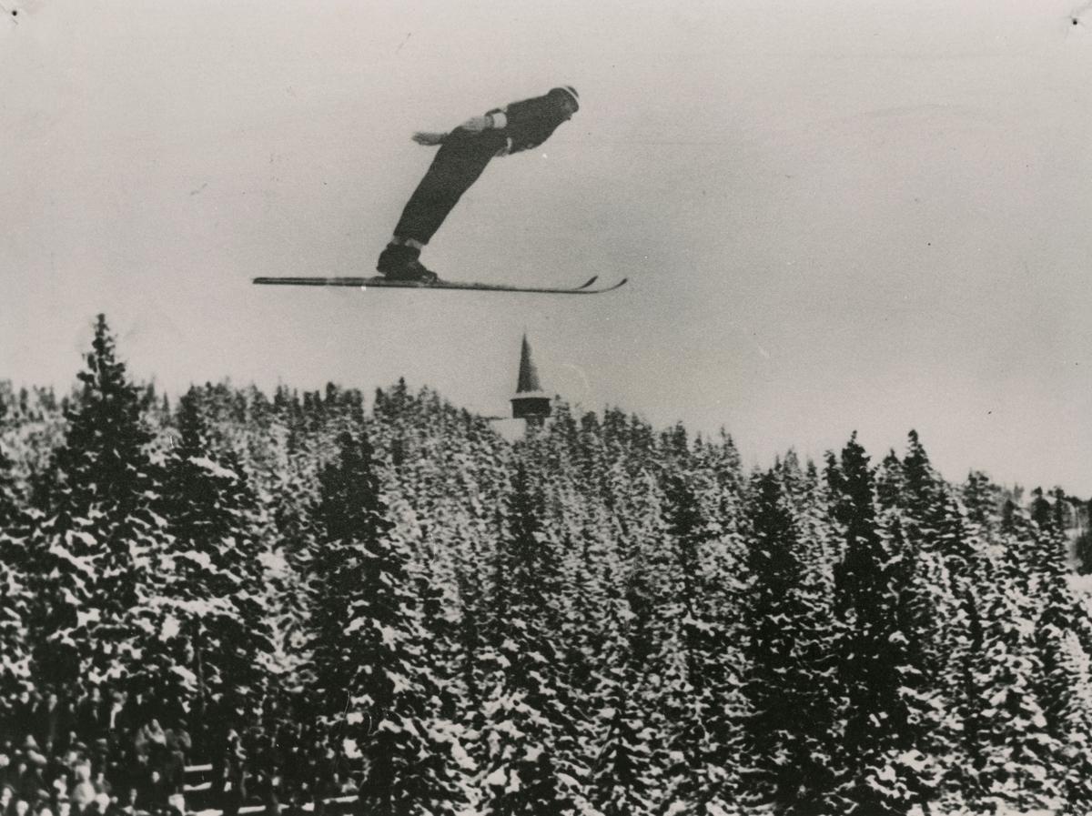 Ski jumping at Holmenkollen ski jump