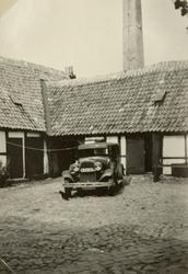 """Text i fotoalbum: """"Gamla hus och gårdar i Ystad. """""""