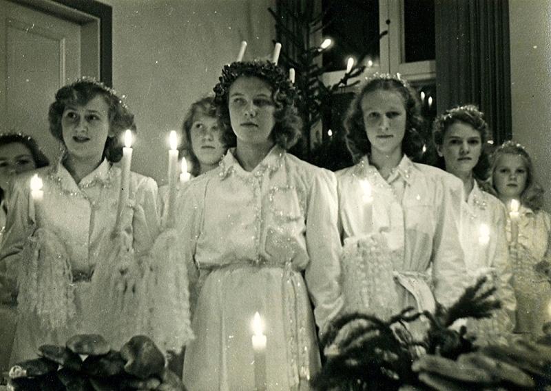 Luciatåg.  Kållereds Missionsförsamling, Lilla salen.