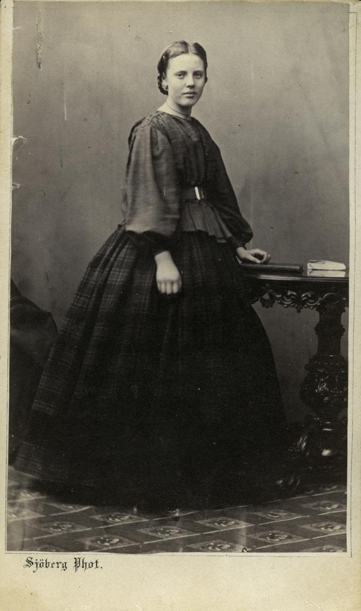 Minna Bäcklin.