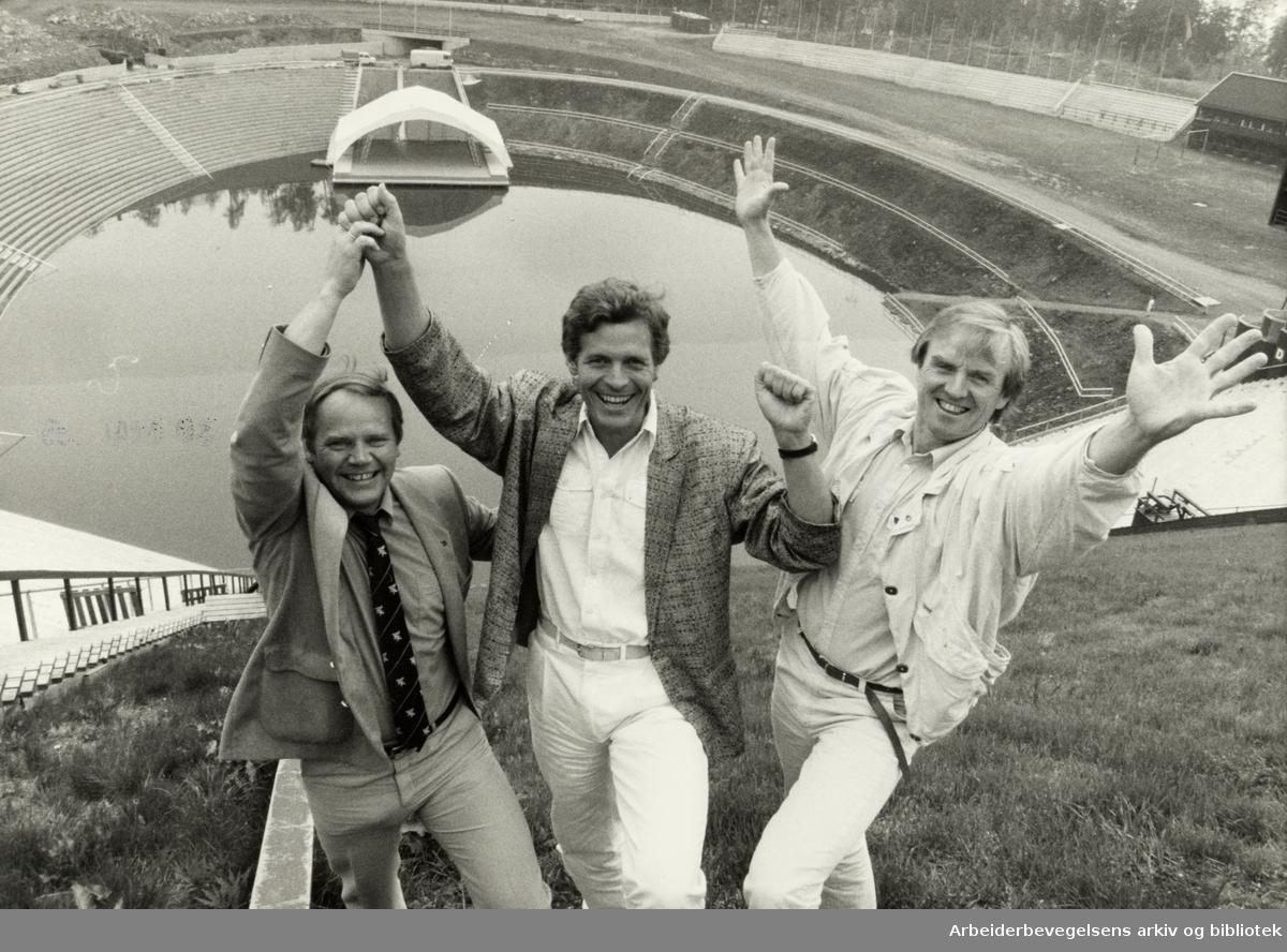 Holmenkollen. Sommerkollen. Velkommen til Sommerkollen i juni, hilser Rolf Nyhus fra Skiforeningen og NRKs Roald Øyen og Svein-Roger Bull. Mai 1985