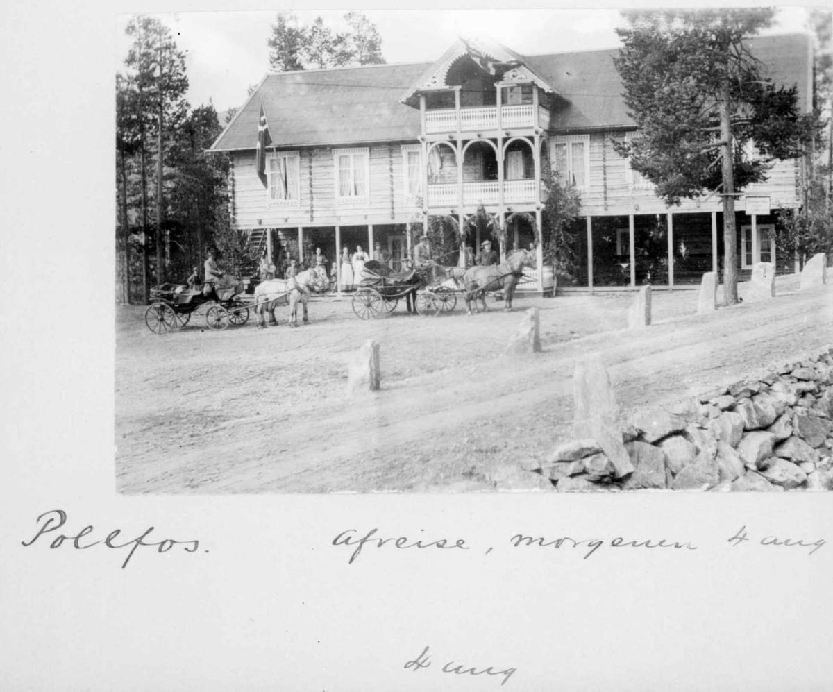 Repro: Postkort, Hotell Pollfoss med to hesteskysser foran ved Bjørnsons besøk.