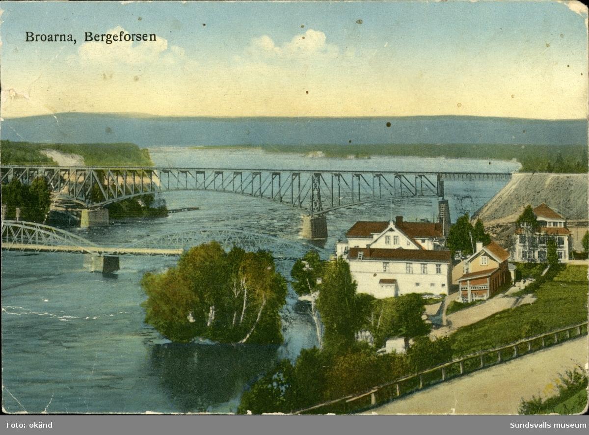 Vykort med motiv över broarna vid Bergeforsen.