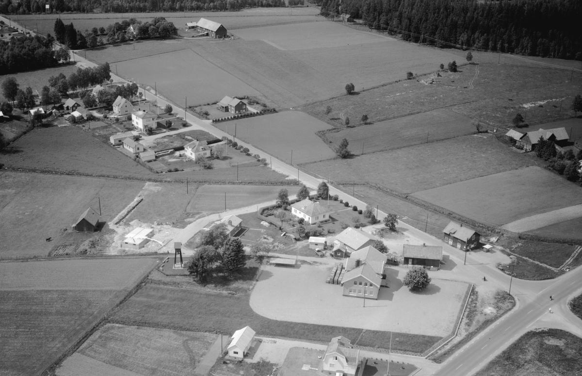 Flygfoto över Skeppshult i Gislaveds kommun, Jönköpings län. Nr 1134/1961