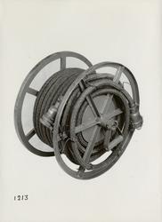Bärbar kabeltrumma för manöverkabel. Tillverkad av Svenska I