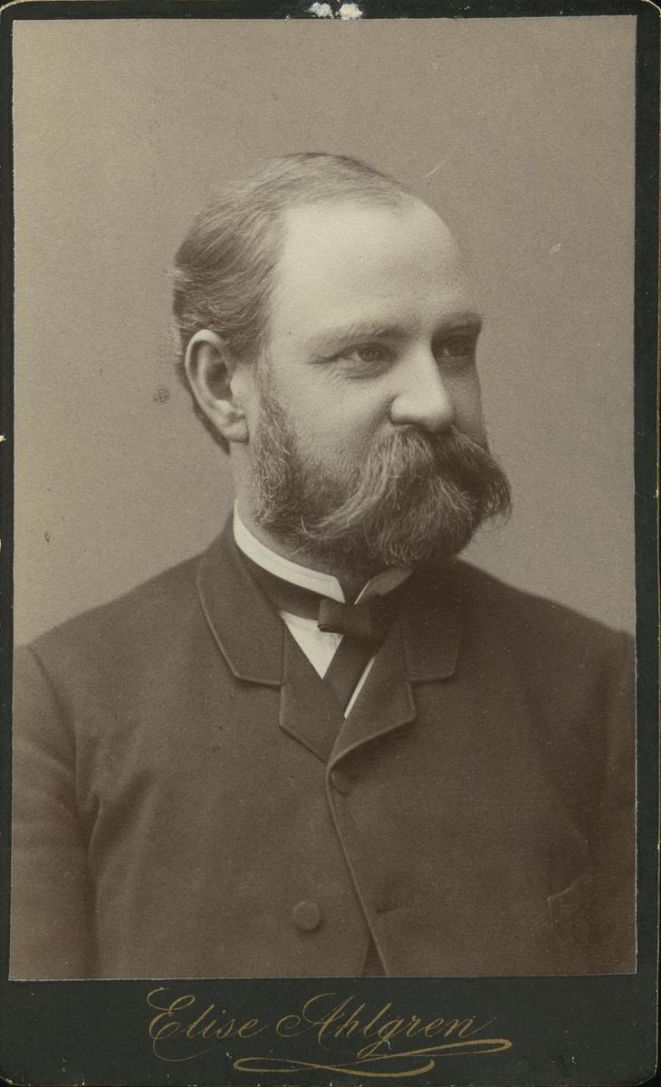 Doktor Erik Adolf Grape, förste stadsläkare.