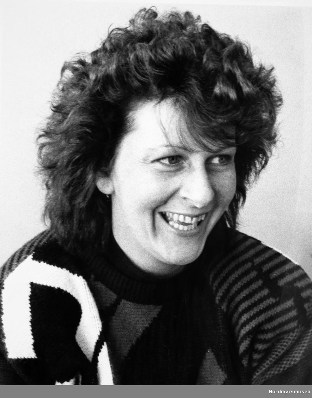 """""""Anne Arntzen"""". Bildet er fra avisa Tidens Krav sitt arkiv i tidsrommet 1970-1994. Nå i Nordmøre museums fotosamling."""