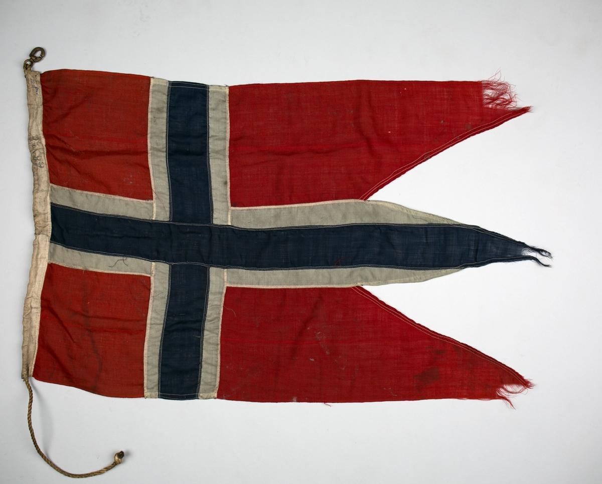 Norsk splittflagg brukt på en Sub-Chaser under krigen 1939-45. Med krok og tau.