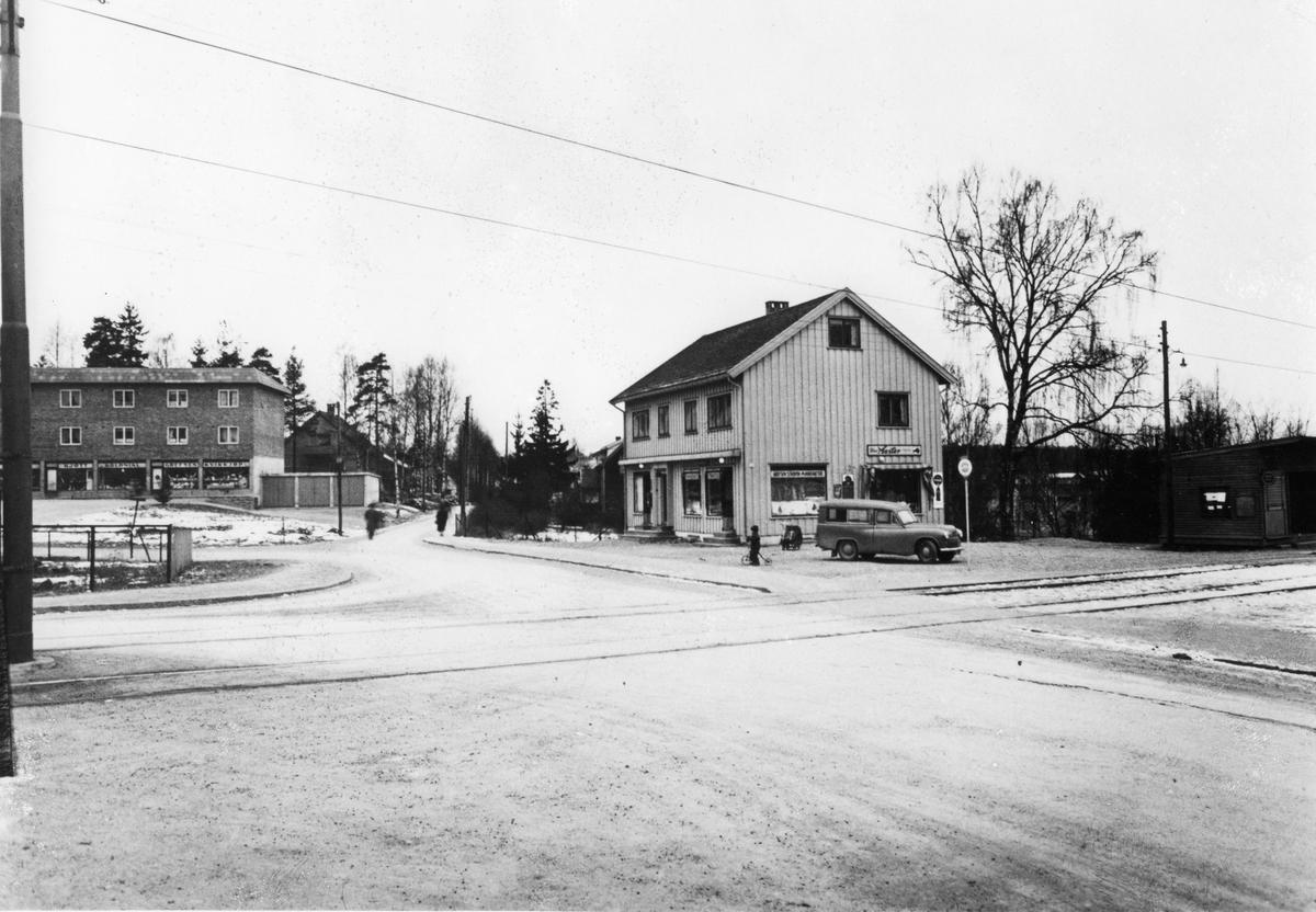 Kjelsås postkontor i perioden 1952-1962.