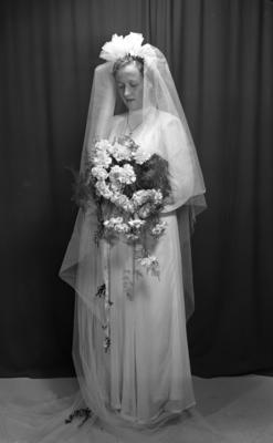 Brud fra fotograf Erling Syringens samlinger, 1949