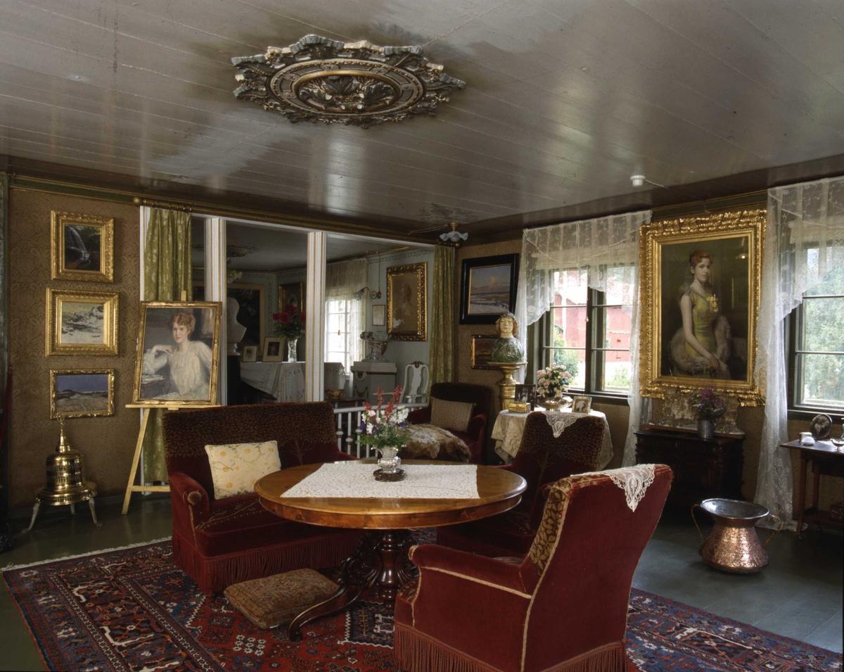 DOK:1991, Aulestad, interiør, stue, bord, stol,