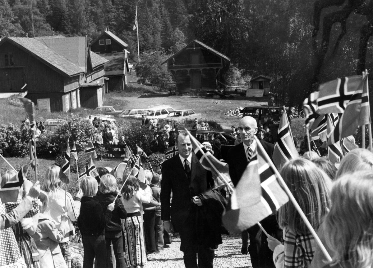 DOK:1975, Aulestad, jubileum, Kronprins Harald,