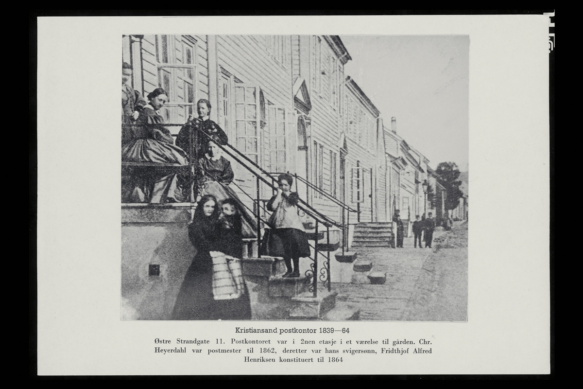 eksteriør, postkontor, 4604 Kristiansand, kvinner,barn