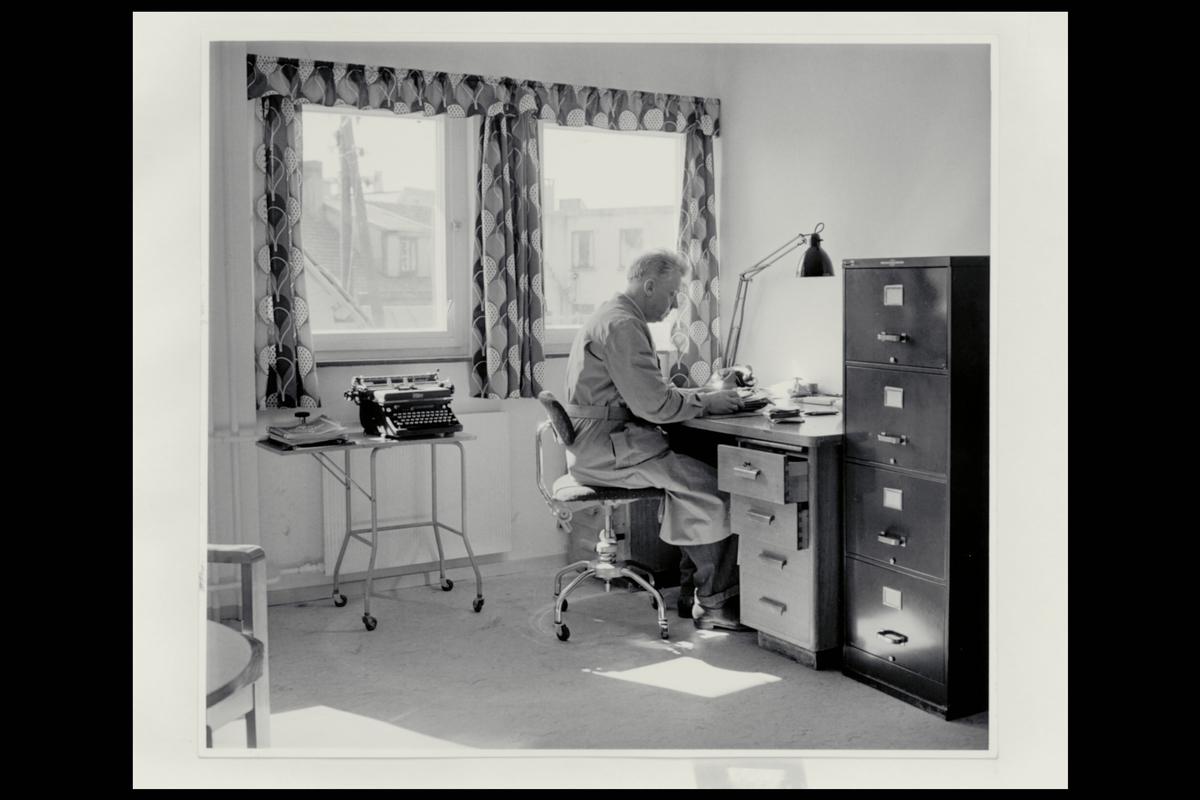 interiør, postkontor, 5400 Stord, kontor, skrivemaskin, personale