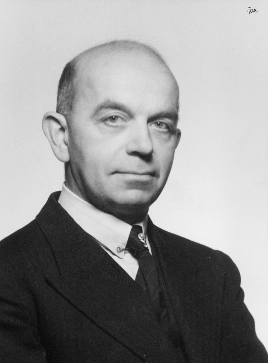 portrett, postmester, Karl Askim