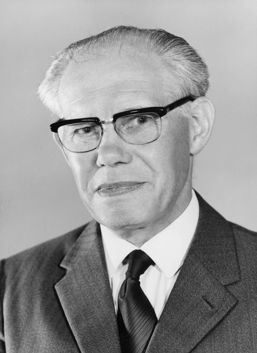 postmester, Slenes Magnar Ingvald, portrett