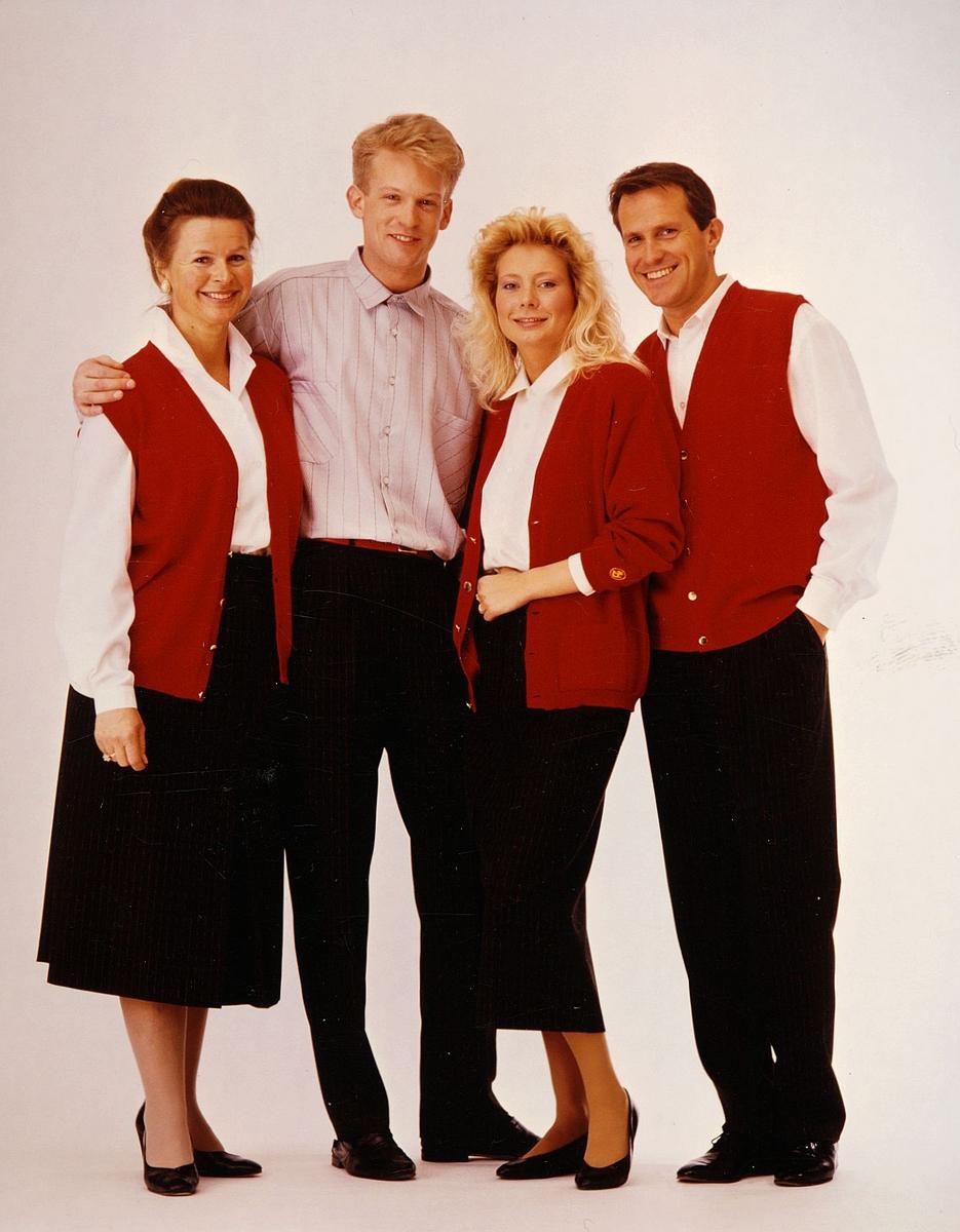 uniform, profilklær, salgsuniform, to menn, to kvinner