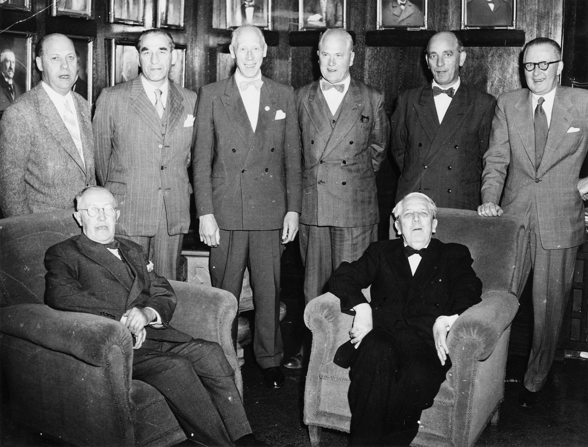 gruppebilde, Distriktsjefer, Karl Johannessen, Korsmo, Peersen, Thorkildsen, Tønnesen, Zakariassen, Bråthen, Eriksen