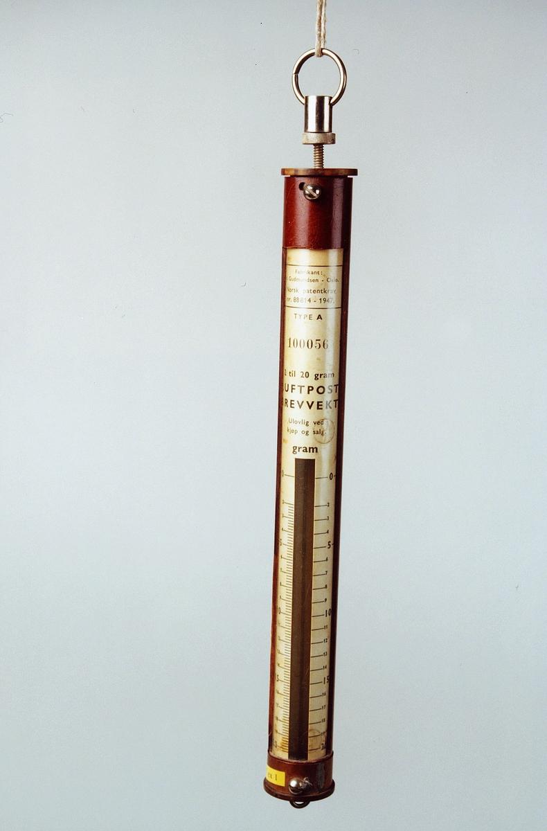Postmuseet, gjenstander, vekt, postvekt, fjærvekt, luftpost brevvekt 2 - 20 g.