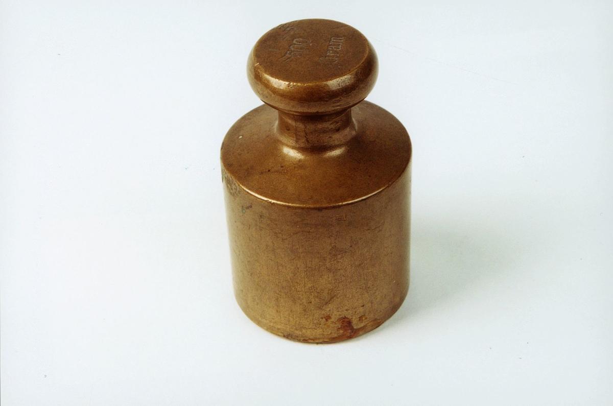 Postmuseet, gjenstander, lodd, 500 gram.
