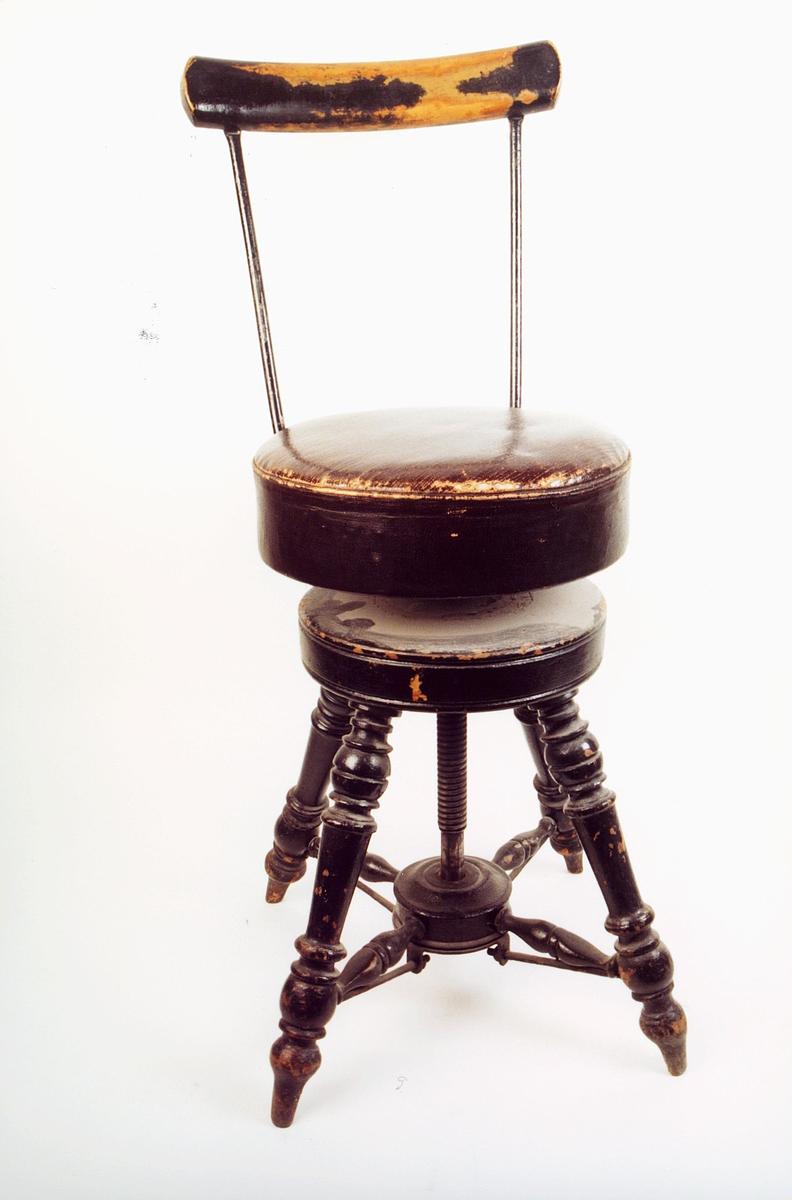 postmuseet, gjenstander, stol, rund dreibar stol til stempelbord