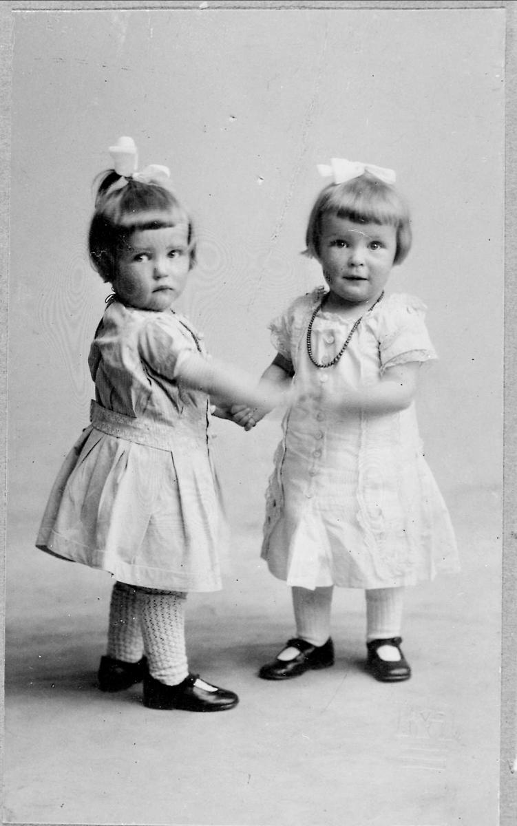Tvillinger, jenter