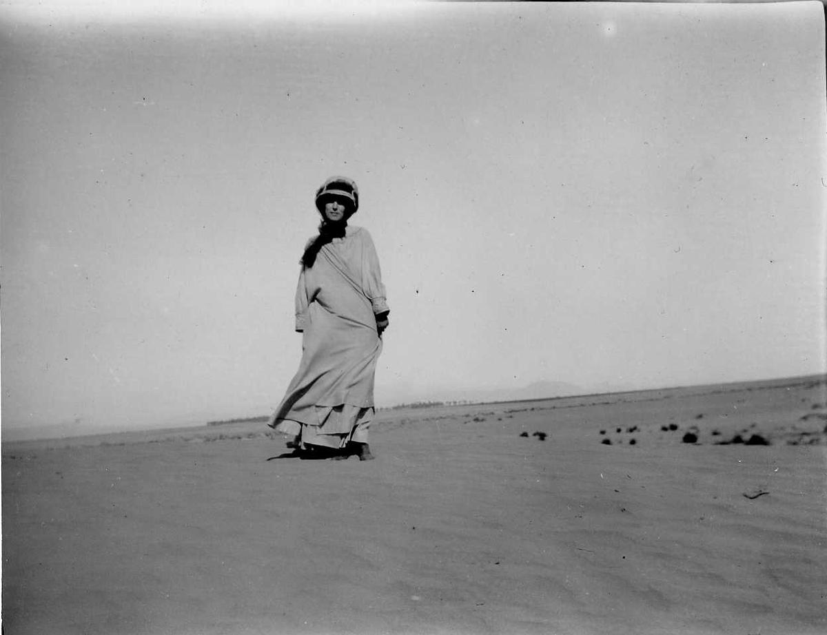 Kvinne, strand