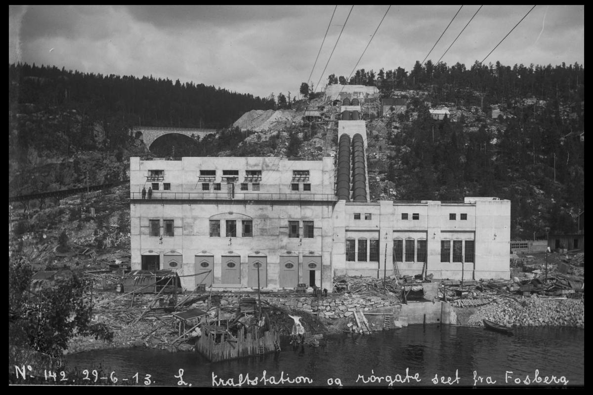 Arendal Fossekompani i begynnelsen av 1900-tallet CD merket 0010, Bilde: 11 Sted: Bøylefoss kraftstasjon i 1913