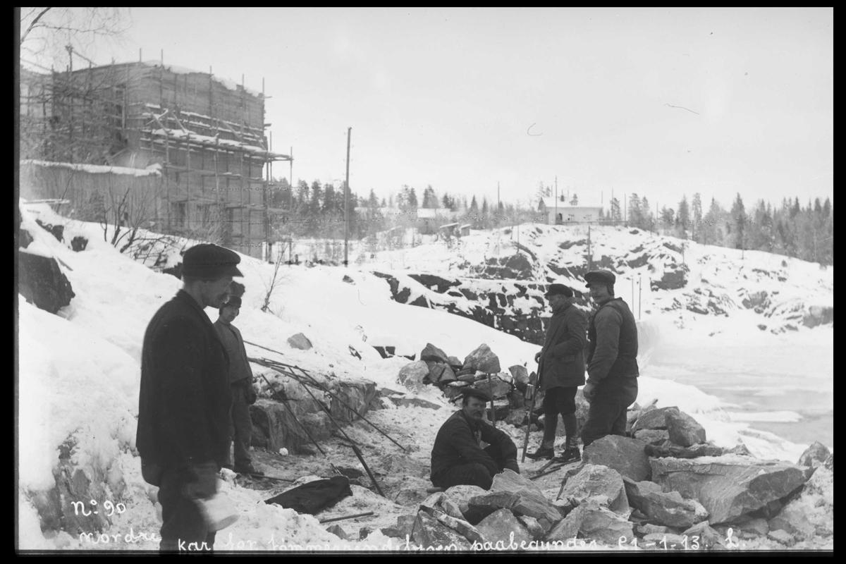 Arendal Fossekompani i begynnelsen av 1900-tallet CD merket 0469, Bilde: 3 Sted: Bøylefoss Beskrivelse: KraftstasjonstomtaPåbygynt kar for tømmerennebrua