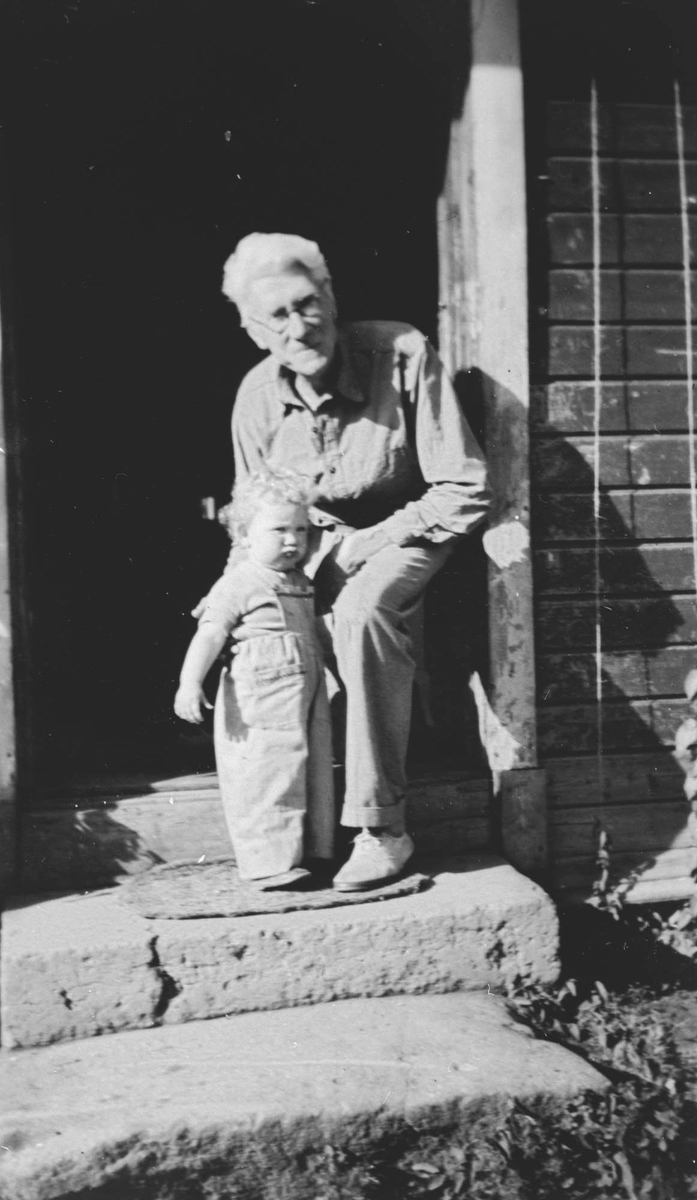 Carl W. Sødeberg og Astrid Pedersen.