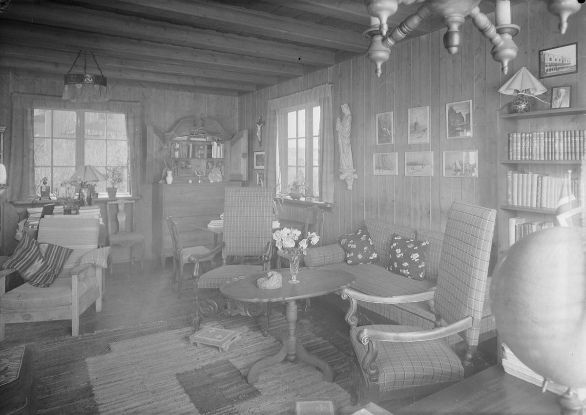 Hjemme hos domprost Arne Fjellbu