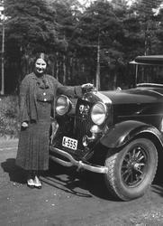 Kirsten Flagstad på biltur i Strømstad, Sverige sommeren 193
