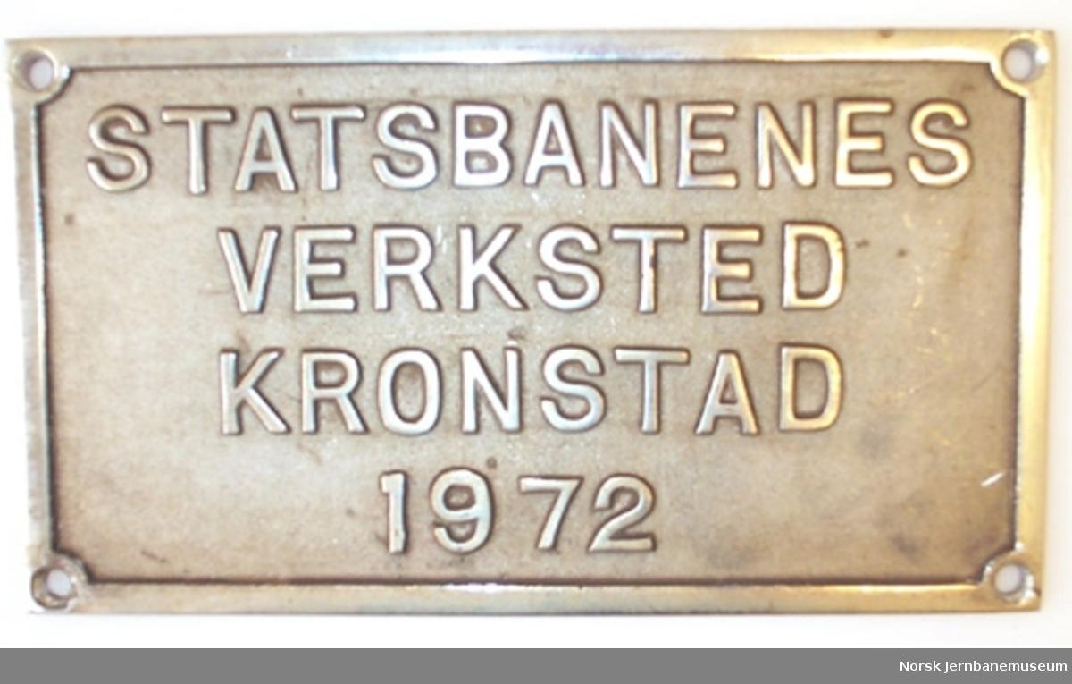Fabrikkskilt fra Statsbanenes verksted Kronstad