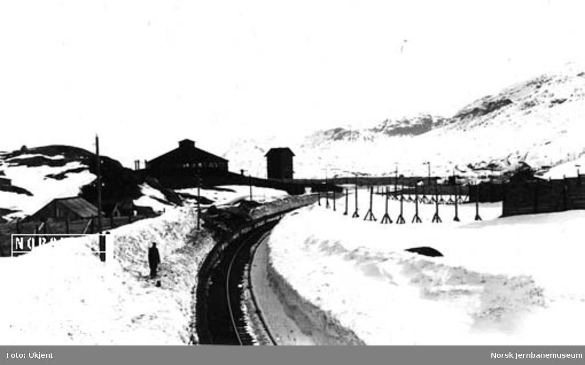 Innkjøring til Riksgränsen stasjon sett vestfra