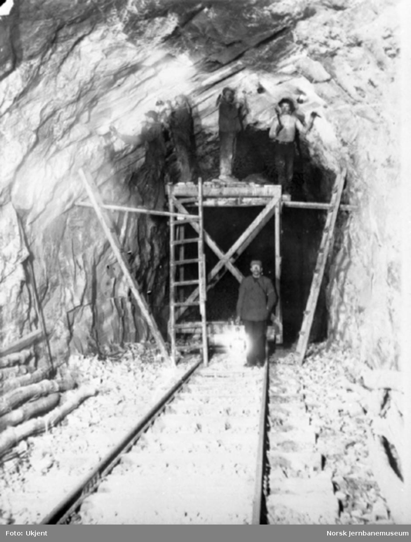 Arbeidslag i gang med utvidelse av Hyvingen tunnel