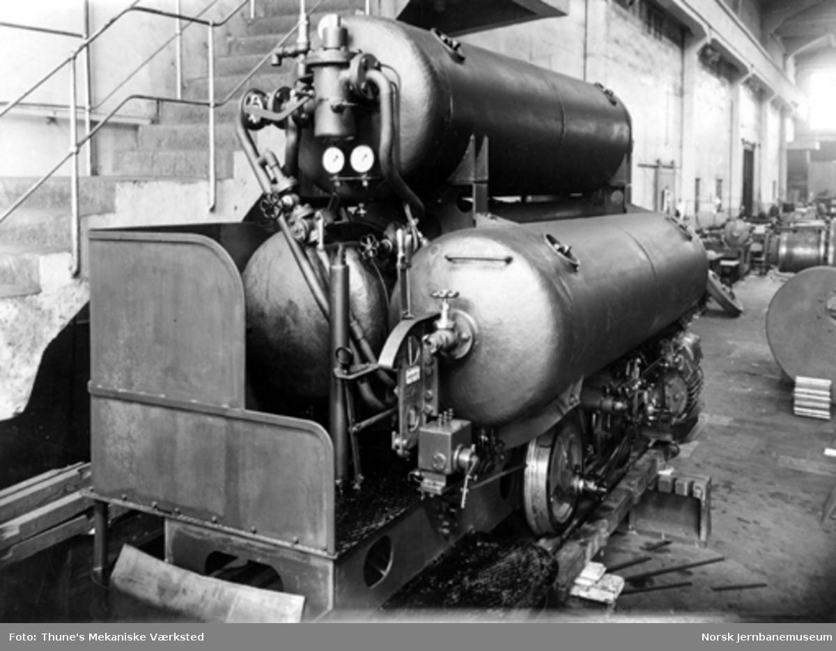 Leveransefoto av luftlokomotiv fra Thune til Fosdalen Bergverksaktiebolag