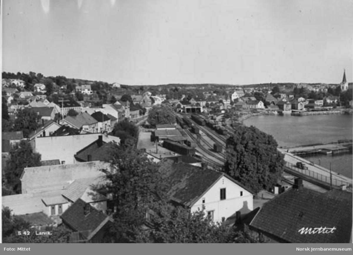 Larvik stasjon, oversiktsbilde