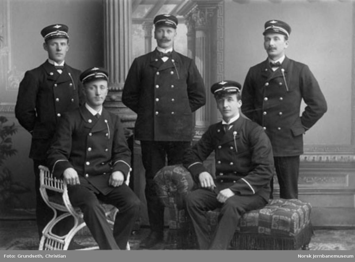 Klassebilde av første konduktørkurs ved Jernbaneskolen - 1911-12