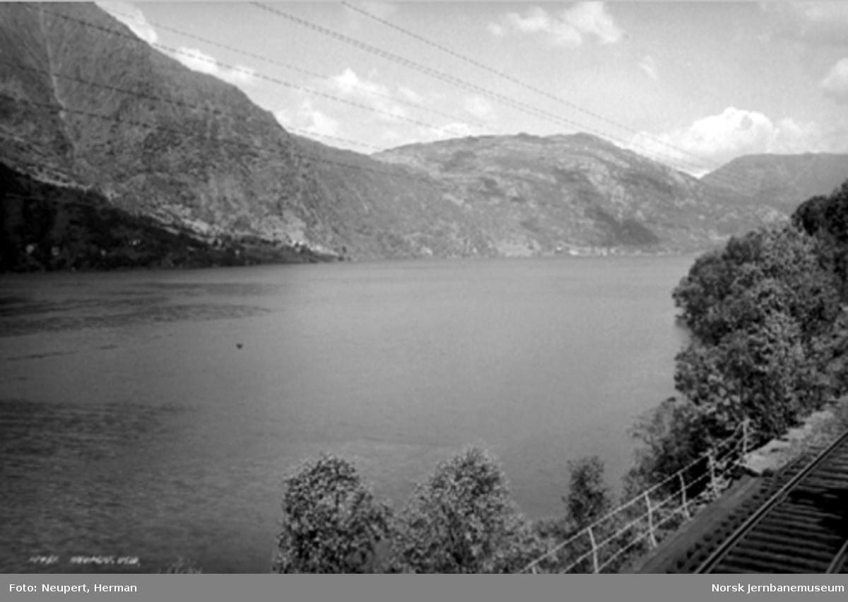Vossebanen ved Sørfjorden